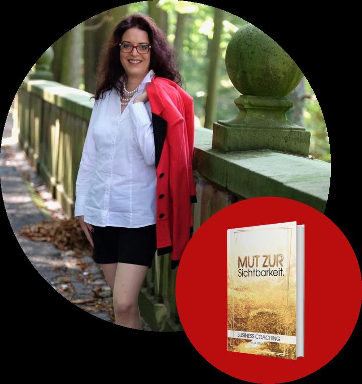 Bild Anja Reimuth mit Buch